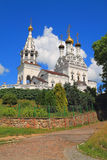 维拉、娜杰日达、他们的索非亚的Lyubov和母亲寺庙在Bagrationovsk 图库摄影