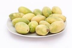 拉丁美洲的果子叫香蕉passionfruit (拉特 西番莲tripartita) (用主要西班牙语tumbo, curuba, taxo 免版税库存图片