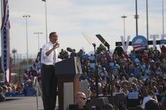 贝拉克・奥巴马总统出现于总统选举集会, 图库摄影