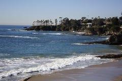 拉古纳海滩,橘郡,加利福尼亚美国新月形海湾  库存图片