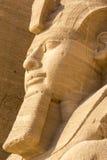 拉姆西斯雕象II,阿布格莱布Simbel,埃及伟大的寺庙  免版税库存照片