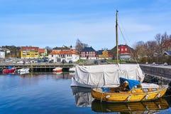 拉尔维克港口在春天,挪威 免版税库存图片