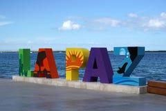 拉巴斯在海散步附近的南下加利福尼亚州,墨西哥海滩叫Malecon 免版税库存图片