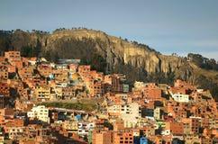 拉巴斯,玻利维亚山坡住宅区的鸟瞰图  库存照片