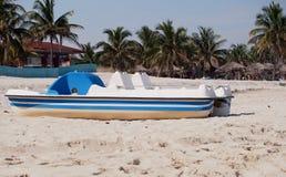 巴拉德罗角古巴小船  免版税图库摄影