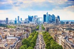 拉德芳斯商业区,重创的Armee大道。巴黎,法国 免版税库存照片
