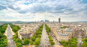 拉德芳斯商业区,重创的Armee大道。巴黎,法国 库存照片