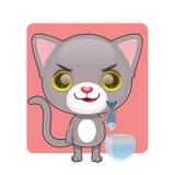 拉扯一条鱼从他们的碗的逗人喜爱的灰色猫 库存图片