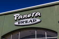 拉斐特-大约2016年12月:Panera面包零售地点 Panera是提供自由WiFi VII的快速的偶然餐馆链子  库存照片