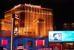拉斯维加斯、巴黎旅馆和赌博娱乐场、拉斯维加斯、小条、行星好莱坞渡假胜地和娱乐场,巴黎拉斯维加斯,地标,夜, 免版税库存照片