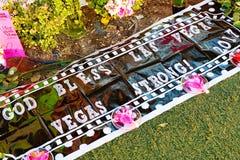 拉斯维加斯射击受害者的纪念消息 免版税库存照片