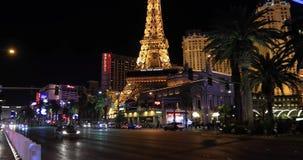 拉斯维加斯小条有巴黎在背景的旅馆视图 影视素材