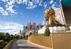 拉斯韦加斯大道、MGM Grand狮子和纽约纽约旅馆和赌博娱乐场-拉斯维加斯,内华达,美国 免版税库存照片