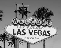 拉斯维加斯内华达,美国- 2016年11月:观点的偶象贝蒂威利斯设计了欢迎对美妙的拉斯维加斯标志 图库摄影