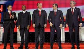 拉斯维加斯, NV - 12月15日:共和党总统候选人(L-R)马克罗・鲁比奥,本卡森,唐纳德・川普,参议员 特德Cruz, Jeb Bu 免版税库存图片