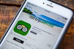 拉斯维加斯, NV - 9月22日 2016 - 在T的TripAdvisor iPhone App 图库摄影