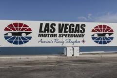 拉斯维加斯-大约2017年7月:拉斯维加斯汽车赛车场 LVMS主持NASCAR和NHRA事件包括Pennzoil 400个V 图库摄影