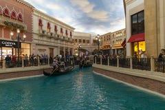 在威尼斯式的运河商店在拉斯维加斯,在2013年3月30日的NV 图库摄影