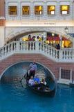 在威尼斯式的运河商店在拉斯维加斯,在2013年3月30日的NV 免版税图库摄影