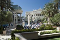 拉斯维加斯- 9月24 : Caesars宫殿游泳池边 图库摄影