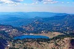 拉森峰顶远景 免版税库存图片