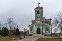 拉科夫斯基,保加利亚- 2016年12月31日:圣母玛丽亚的天主教堂圣母无染原罪瞻礼在拉科夫斯基镇  免版税图库摄影