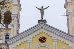 拉科夫斯基,保加利亚- 2016年12月31日:天主教堂耶稣的多数圣洁心脏在拉科夫斯基镇  库存图片