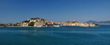 费拉约港口岸,厄尔巴岛,意大利 免版税库存图片