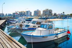 拉纳卡小游艇船坞都市风景,游艇,小船 免版税库存图片