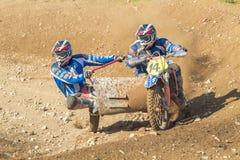 拉脱维亚, Cesis,世界冠军摩托车越野赛,边车,司机机智 库存照片