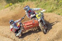 拉脱维亚, Cesis,世界冠军摩托车越野赛,边车,司机机智 图库摄影