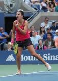 拉脱维亚的职业网球球员Anastasija Sevastova行动的在她的美国公开赛2016圆的四比赛期间 免版税库存图片