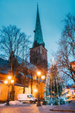 拉脱维亚里加 圣詹姆斯` s大教堂大教堂和假日Xmas圣诞节 图库摄影