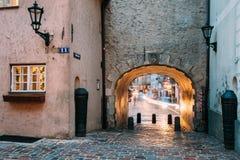拉脱维亚里加 瑞典门门是一个著名地标 老曲拱 库存照片
