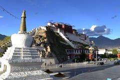拉萨宫殿potala西藏 库存照片