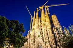 拉萨格拉达Familia大教堂由建筑师安东尼奥Gaudi,卡塔龙尼亚,巴塞罗那西班牙- 2018年5月16日的 免版税库存照片