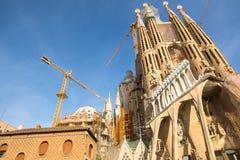 拉萨格拉达Familia -印象深刻的大教堂由Gaudi设计了 免版税库存照片