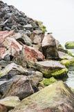 巴拉顿湖、石头和水江边  库存照片