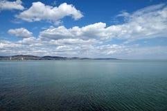 巴拉顿湖的看法从Tihany半岛的 库存照片