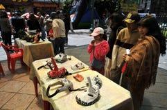 拉巴斯市假日笔记城市的居民 图库摄影