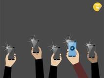 拍与智能手机的照片 免版税库存图片