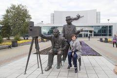 拍摄与雕塑在音乐厅,叶卡捷琳堡,俄联盟里 免版税库存照片
