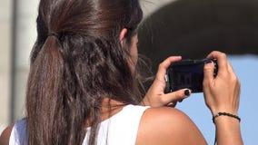 拍旅行照片的人 影视素材