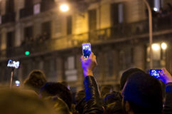 拍照片的人们 免版税库存图片