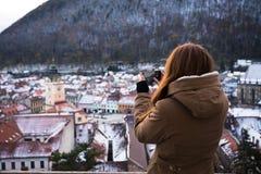 拍老城市的照片gril 库存图片