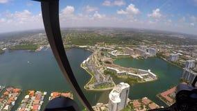 拍从直升机的摄影师照片 股票录像