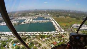 拍从直升机的摄影师照片 股票视频