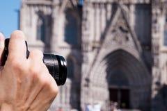 拍巴塞罗那大教堂的照片,西班牙 免版税库存图片