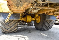 拖拉机的轮轴 免版税库存图片