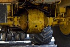 拖拉机的轮轴 库存图片
